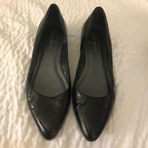 Ellen Tracy Black Faux Crocodile Pointed Toe Flats